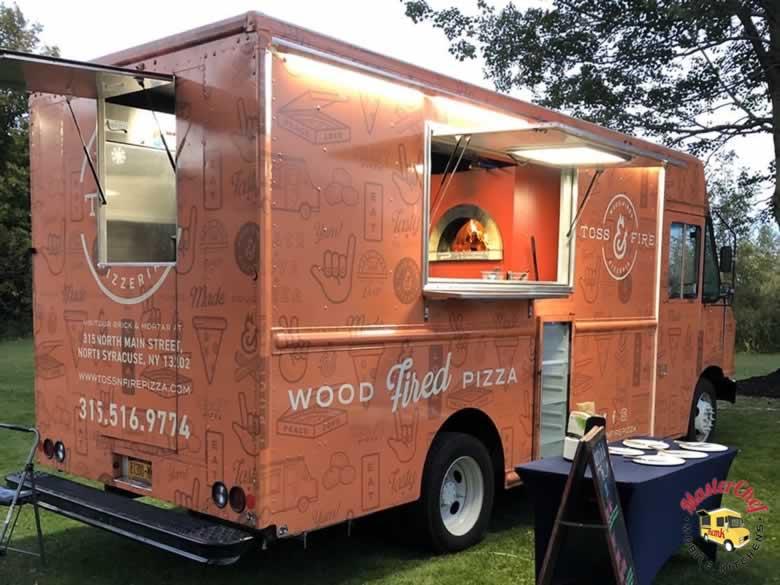 Toss N Fire Wood Fired Pizza Truck 2