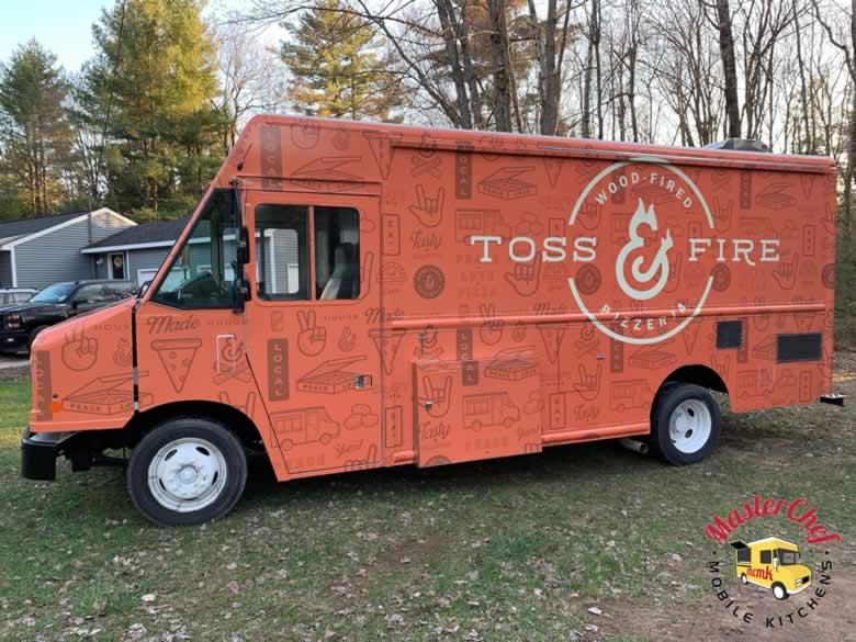Toss N Fire Wood Fired Pizza Truck 5