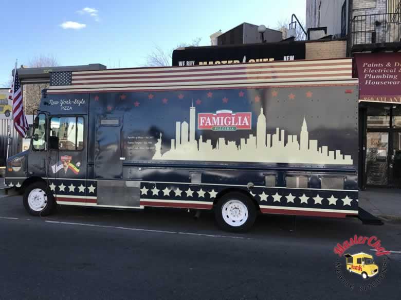 Famouse Famigilia Pizza Truck 3