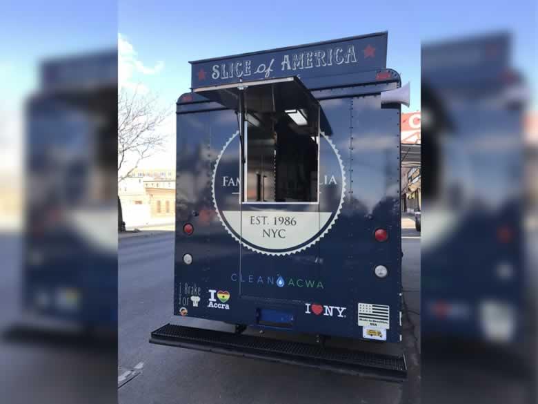 Famouse Famigilia Pizza Truck 4